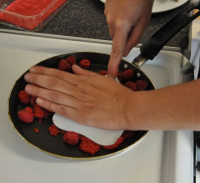 squash-frying raspberries